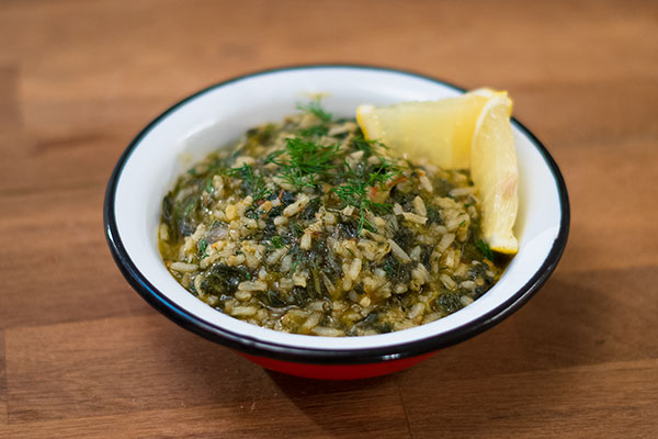 Spanakorizo recipe (Greek spinach and rice)